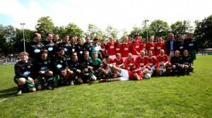 Kicken mit Herz Fussballspieler 2010